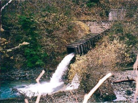 Flume Trail