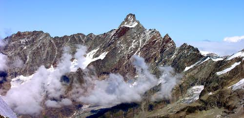 La Dent d'Hérens (4171 m)