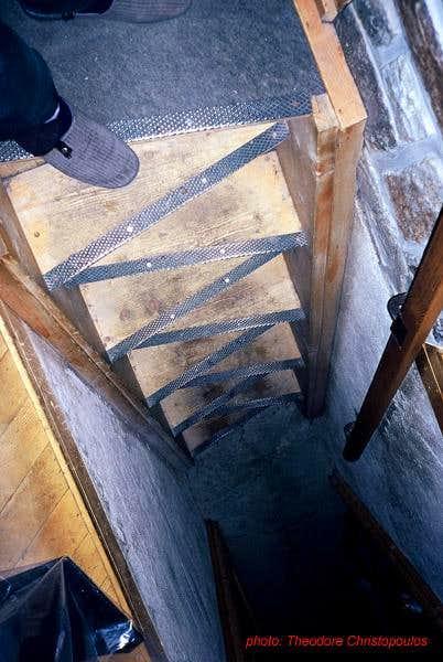 The stairway inside DomHutte.
