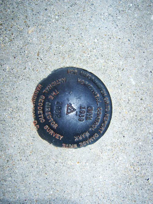Onyx summit marker