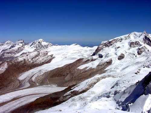 Allalinhorn (4027 m), Rimpfischorn (4199 m)...