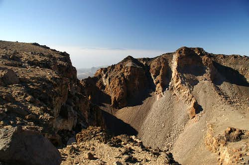 La Palma hovering above the Pico Viejo Crater