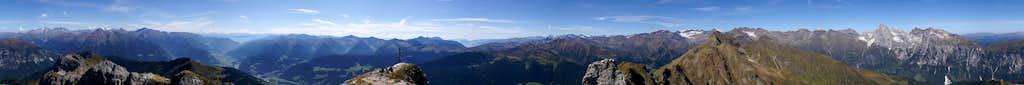 360° summit view Telfer Weissen