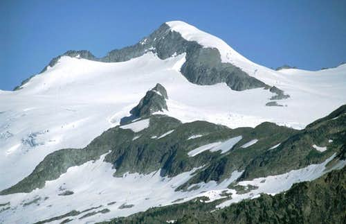 A close-up of Eldorado Peak...