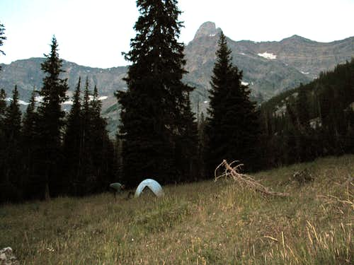Camp under Old Hyndman Peak