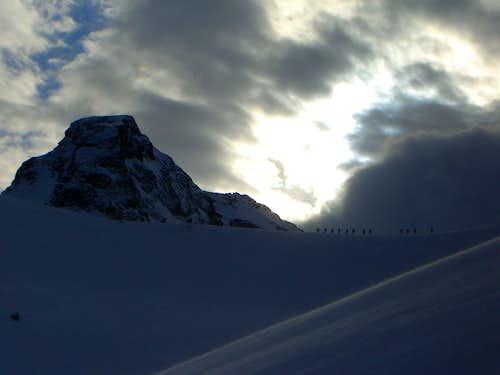Mythic - Ski group on the ridge