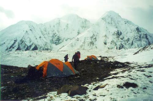 A camp on a lateral moraine...