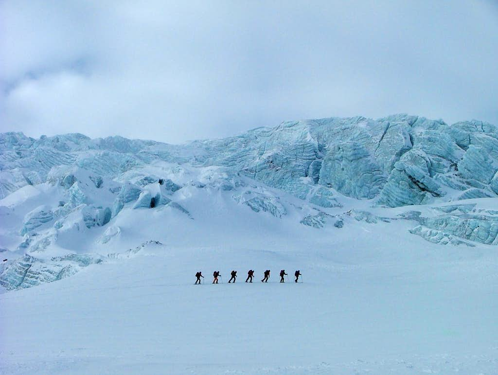 Skiers on the approach ...