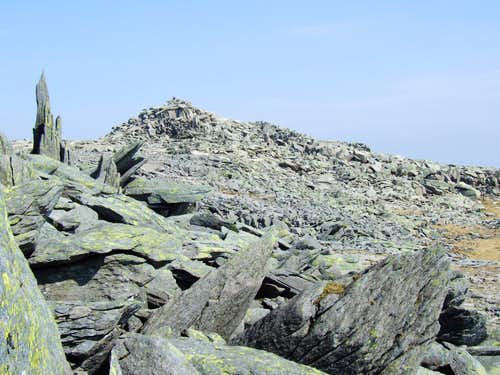 View from Castell y Gwynt to Glyder Fach summit