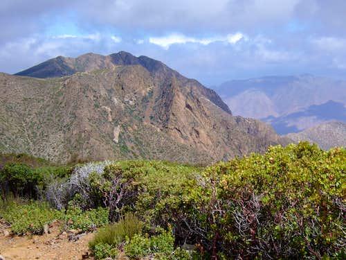 Garnet Peak from the PCT