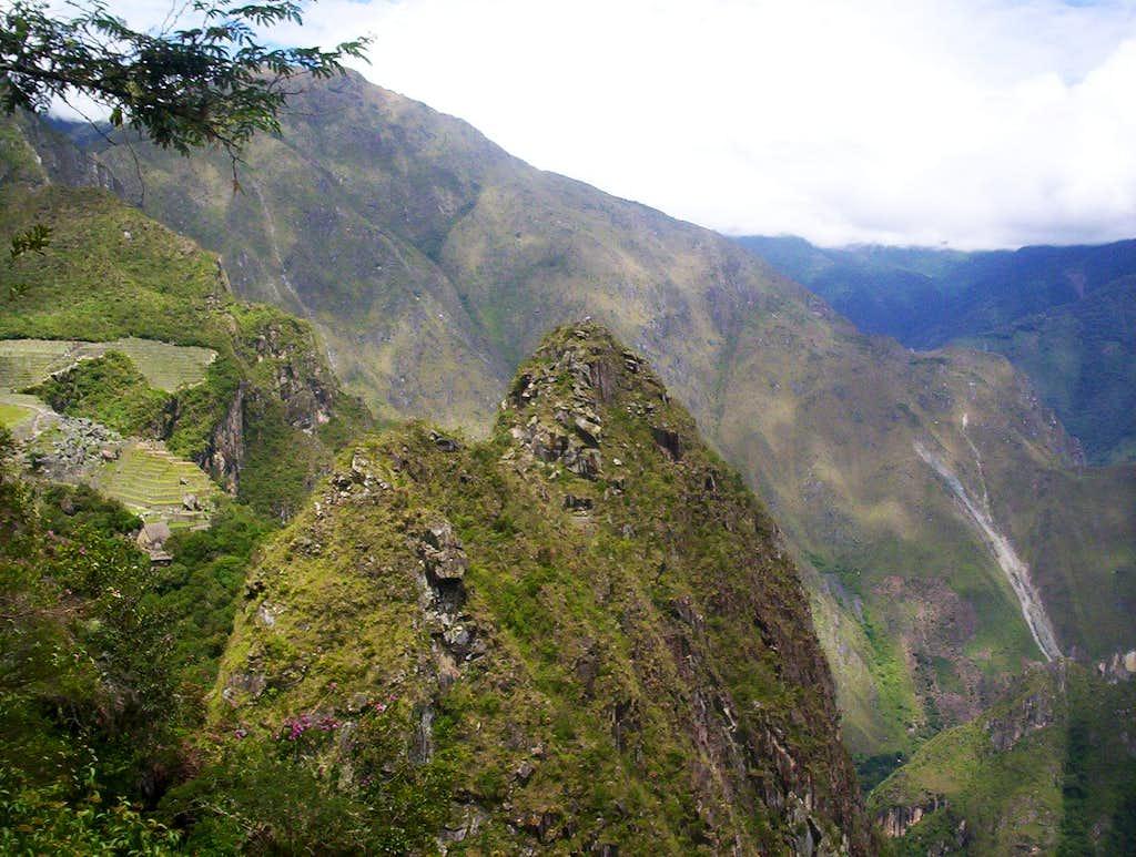 Huchuy Picchu, north side