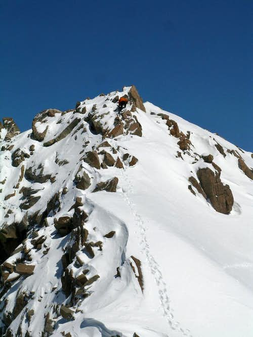 Scrambling on Hagar summit block