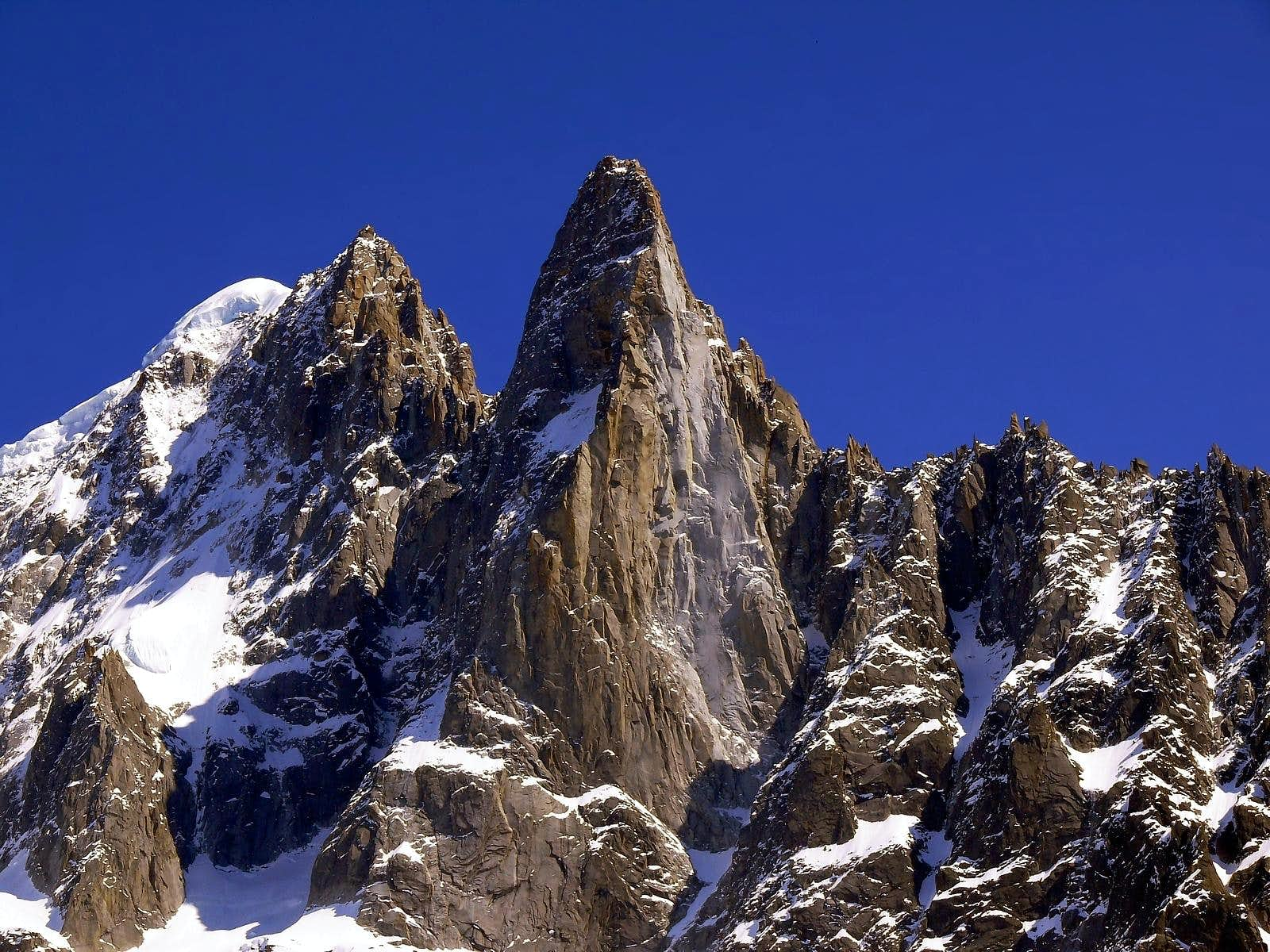 <font color=blue>▲</font>Views of Dru-Aiguille Verte