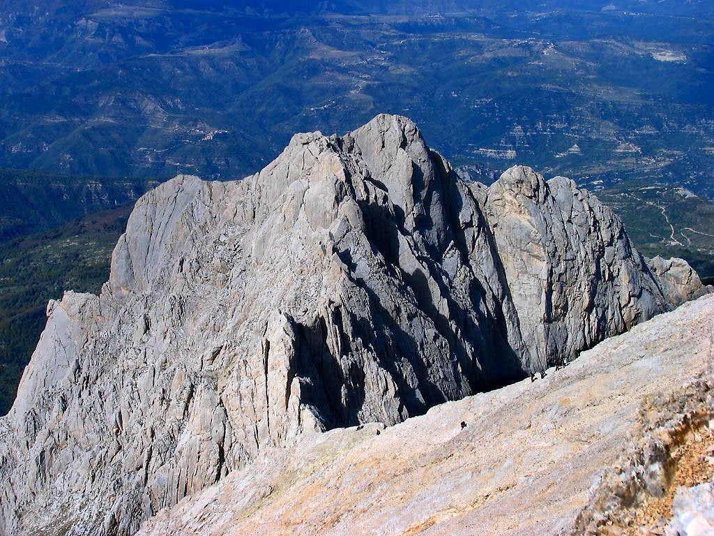 Corno Piccolo seen from Corno Grande NW slopes