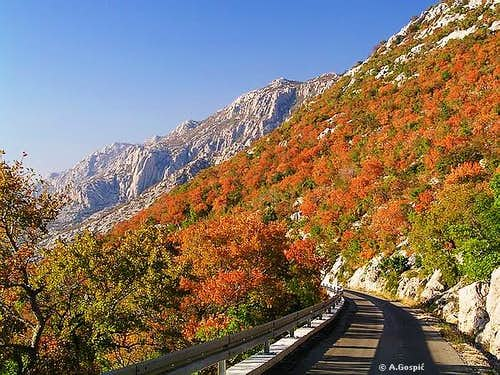 Veliki Alan pass road