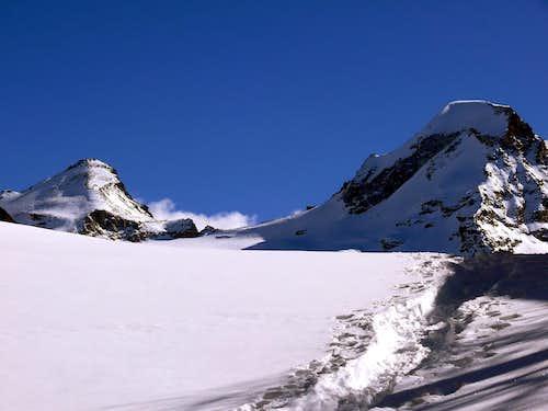 La Tresenta (3609 m) e il Il Ciarforon (3642 m)