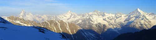 Panorama Matterhorn and Weisshorn