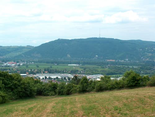 Leopoldsberg and Kahlenberg from Bisamberg