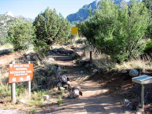Baylor Pass Trailhead