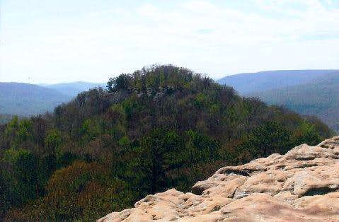 Sams Throne & Hawksbill  Crag