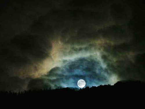Moonrise over the Sierras