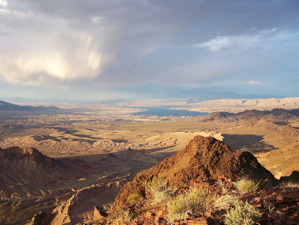 Cloud formations over Lake Mead