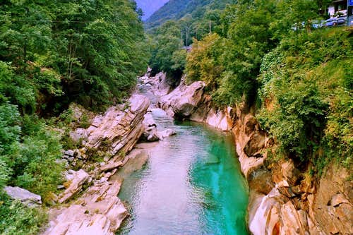 Famous green water