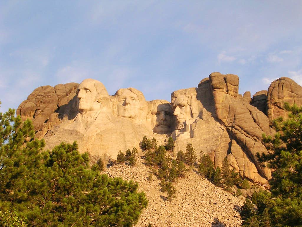 Sunrise over Mount Rushmore