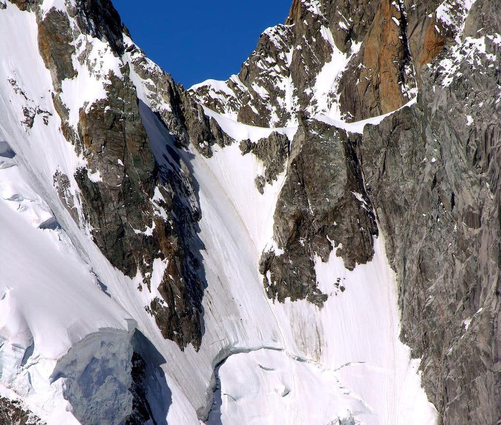 Il colle di Peuterey (3934 m)