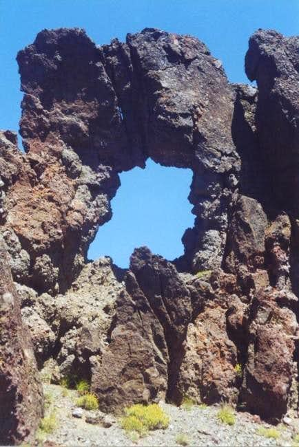 Volcanic Arch, Grizzly Peak