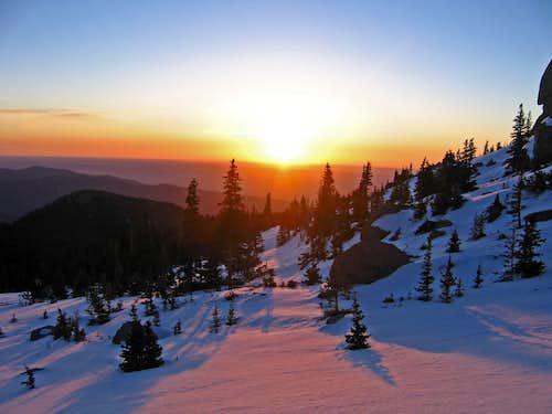 Sunrise on Pikes