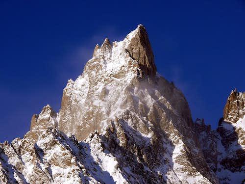 Aiguille Noire de Peuterey (3773 m) after a snow storm