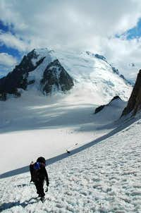 Col du Midi valley