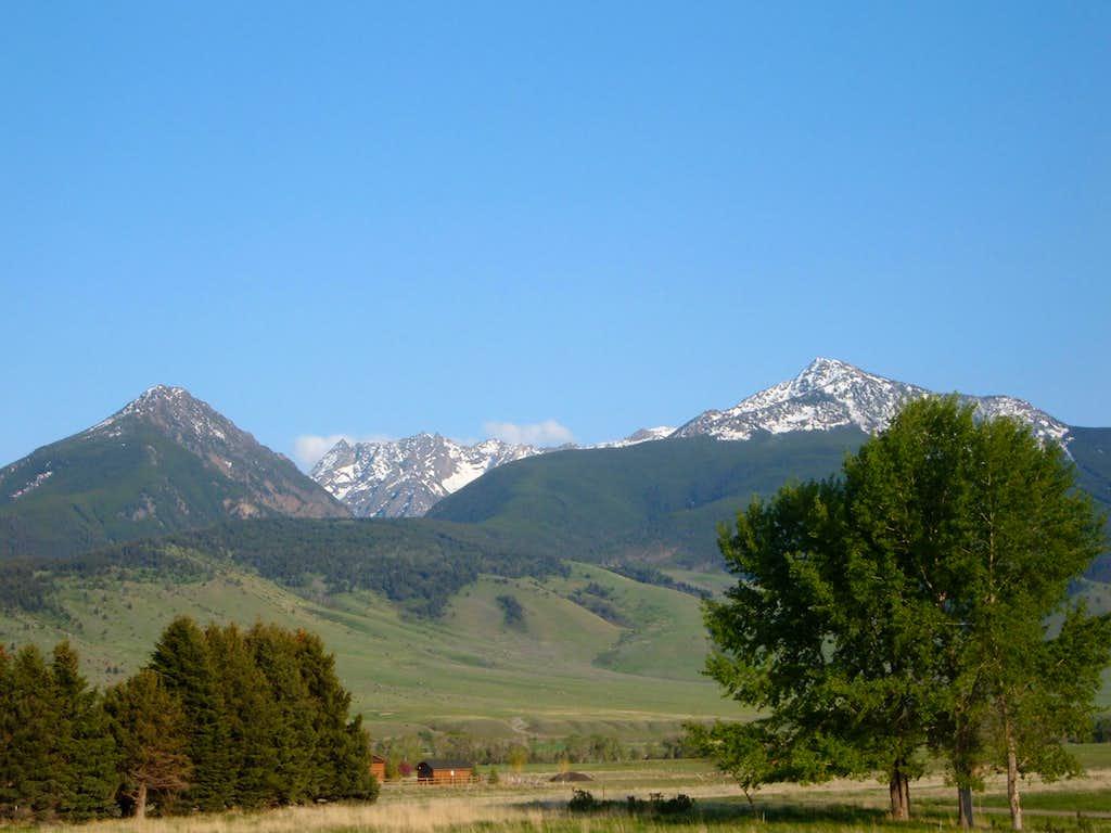 Green Hills and Mount Cowen
