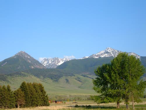 Green Hills and Mount Cowen