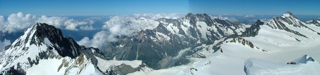 Eiger, Schreckhorn, Fiescherhorn Panorama