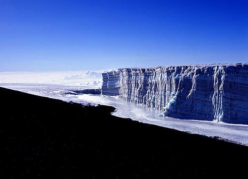 The glacier near Uhuru Peak