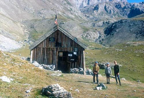 Old Chambeyron hut