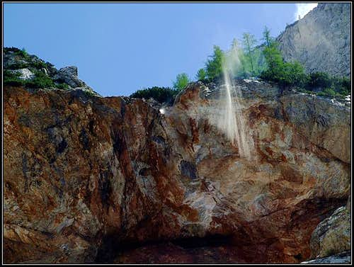 Cedca waterfall