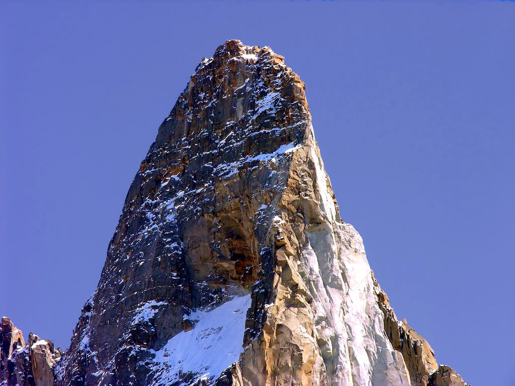 The summit of the Dru (3754m)
