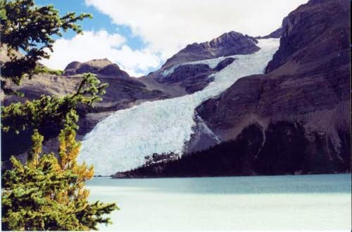 Mt. Robson (Berg Lake)