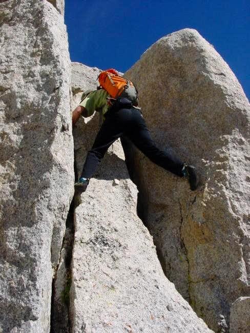 Sam climbs the class 4 cracks...