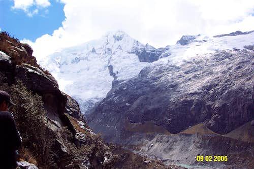 Vallunaraju, Peru