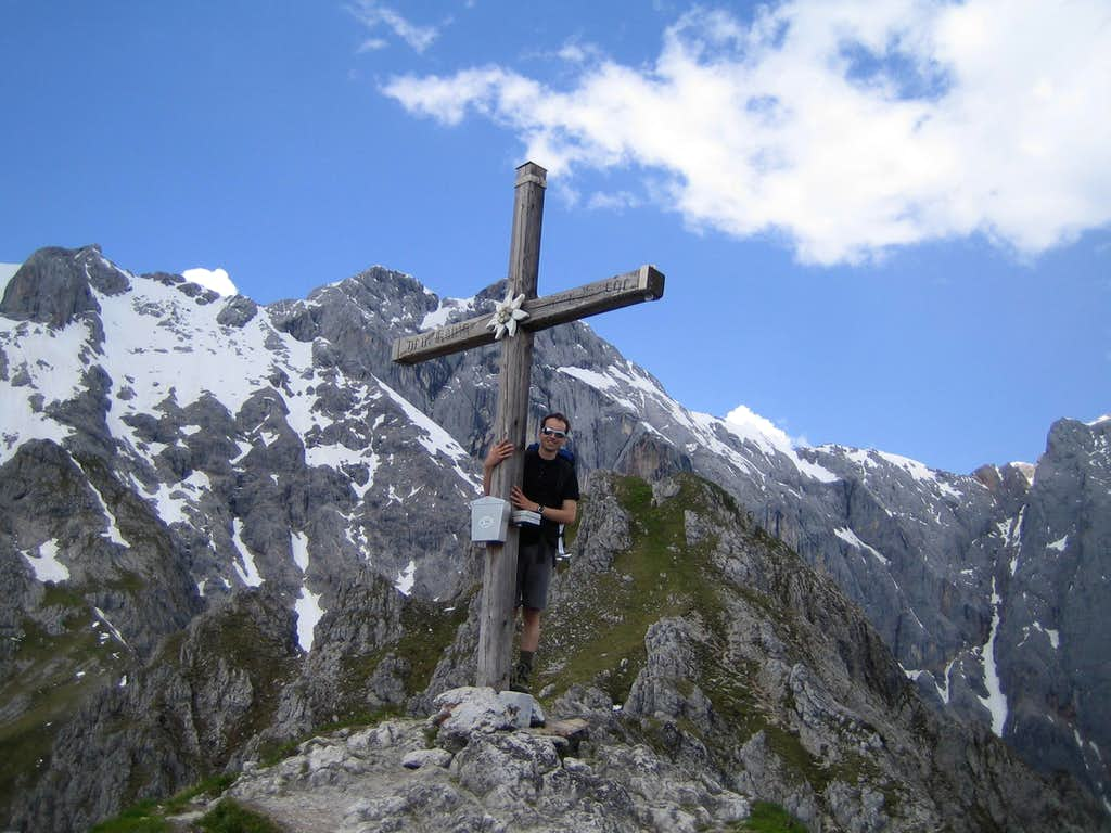 Summit cross of Taghaube with Edelweiss