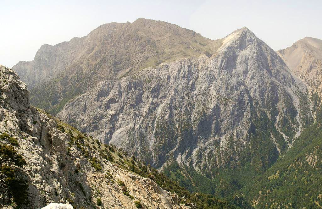 Volakias (2116m), Gingilos (2080m)