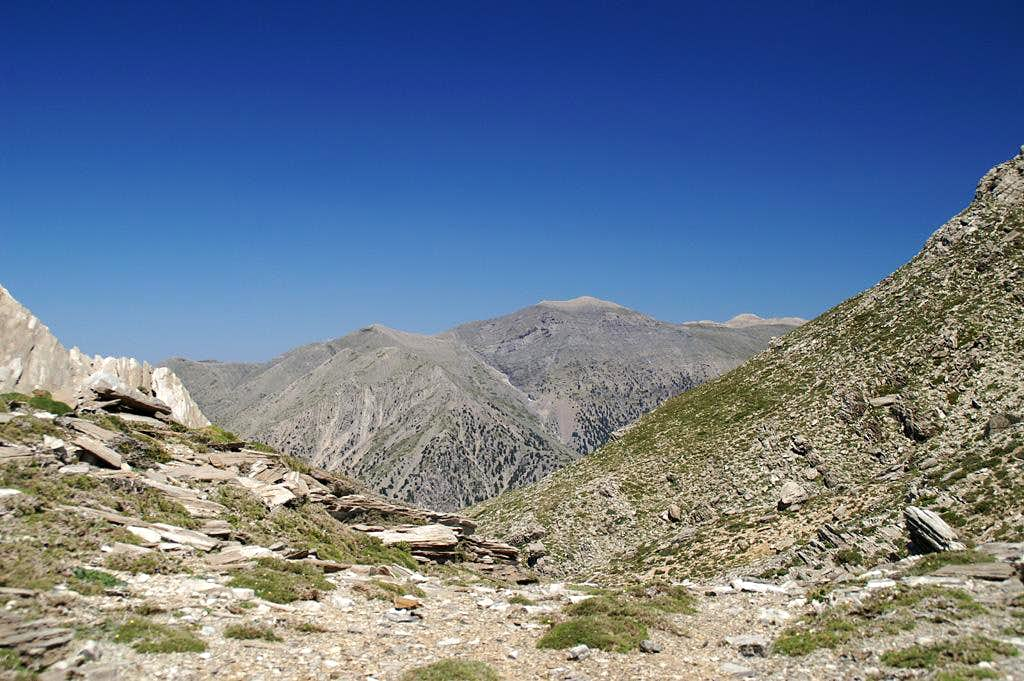 Between Volakias and Gingilos