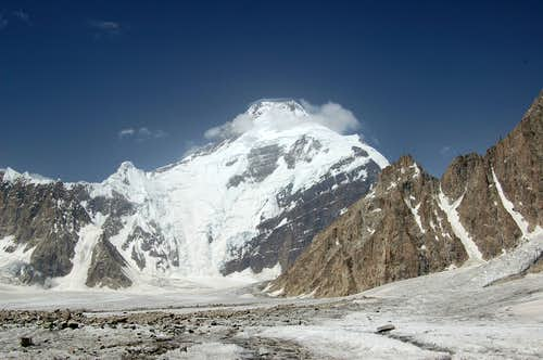 South Face of Kanjut Sar (7760m)