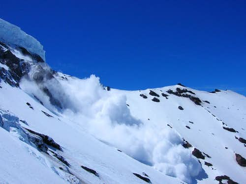 Massive avalanche off the Liberty Wall