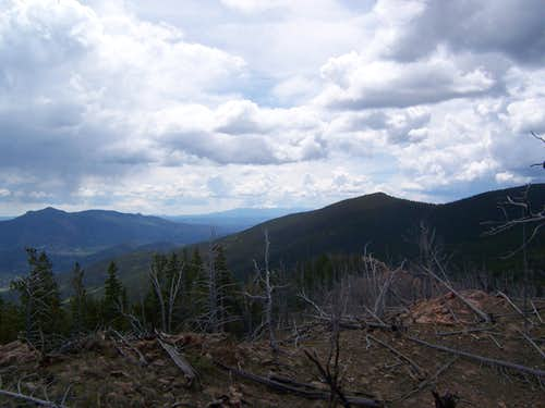 BT East towards Pikes Peak from Burntop