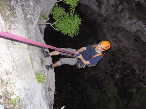 Rapelling to the Jankovich-cave